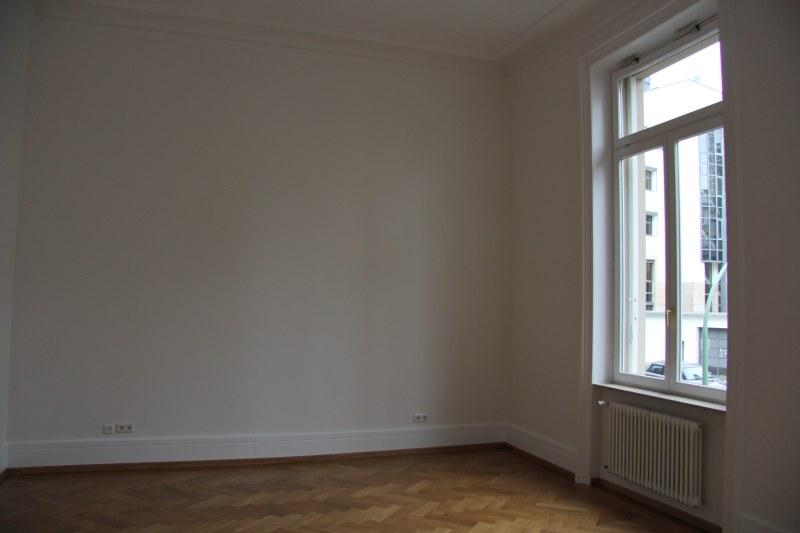 wohnung streichen frankfurt verschiedene. Black Bedroom Furniture Sets. Home Design Ideas