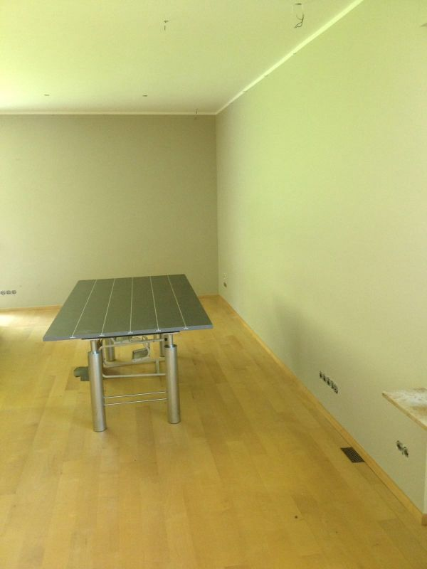 Neuer Anstrich An Decke Und Wänden